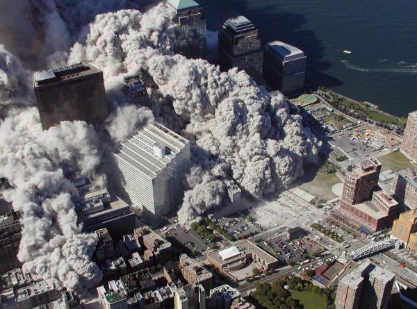 Кошмар мирового уровня: 20 лет назад террористы атаковали Всемирный торговый центр
