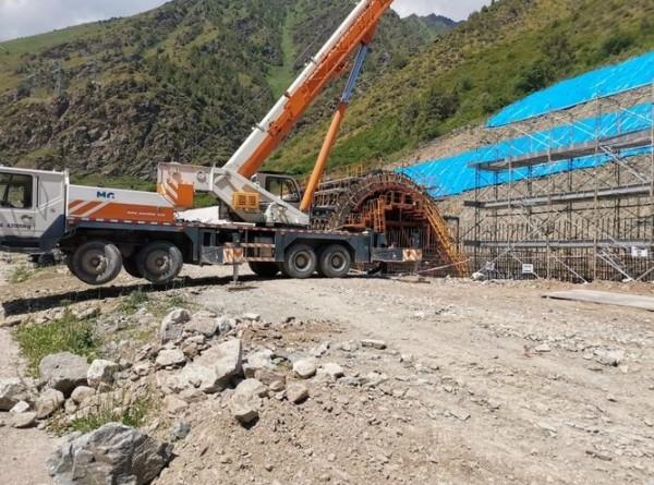Защита от лавины: на трассе Бишкек – Ош строят искусственный тоннель