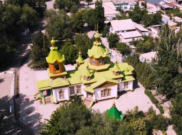 Увидеть мечеть в китайском стиле и навестить отшельника: пять причин побывать в Жаркенте