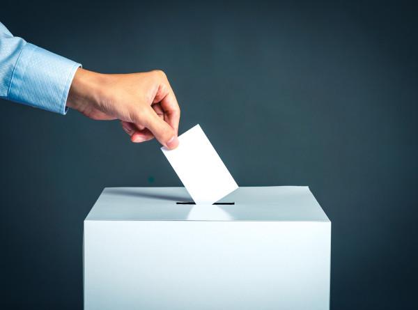 «Голосуй, или проиграешь»: самые необычные предвыборные ролики в мире