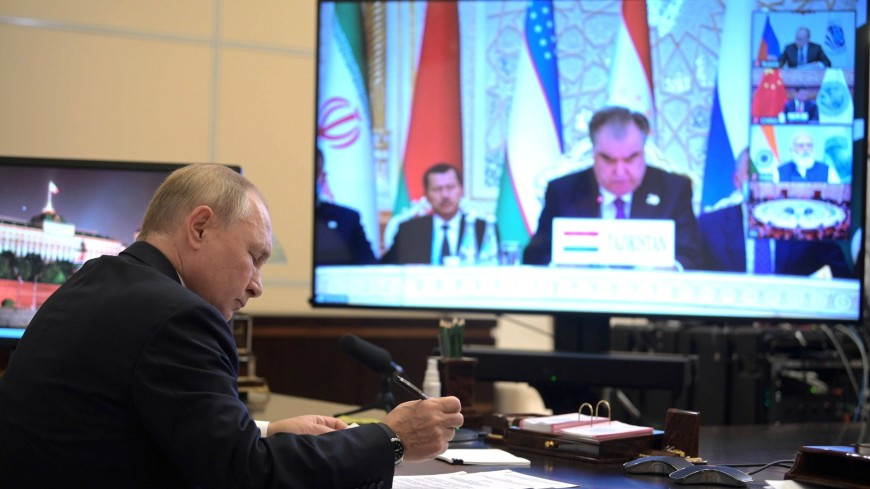 Путин призвал задействовать потенциал ШОС для мирного процесса в Афганистане