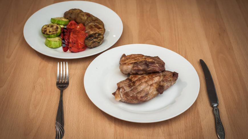 Жаренная курица,еда, Жаренная курица, мясо, овощи, ужин, обед, ,еда, Жаренная курица, мясо, овощи, ужин, обед,