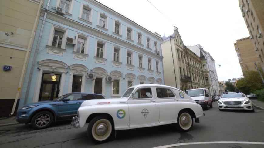 Сергей Белоголовцев показал культовые места фильма «Покровские ворота» в Москве