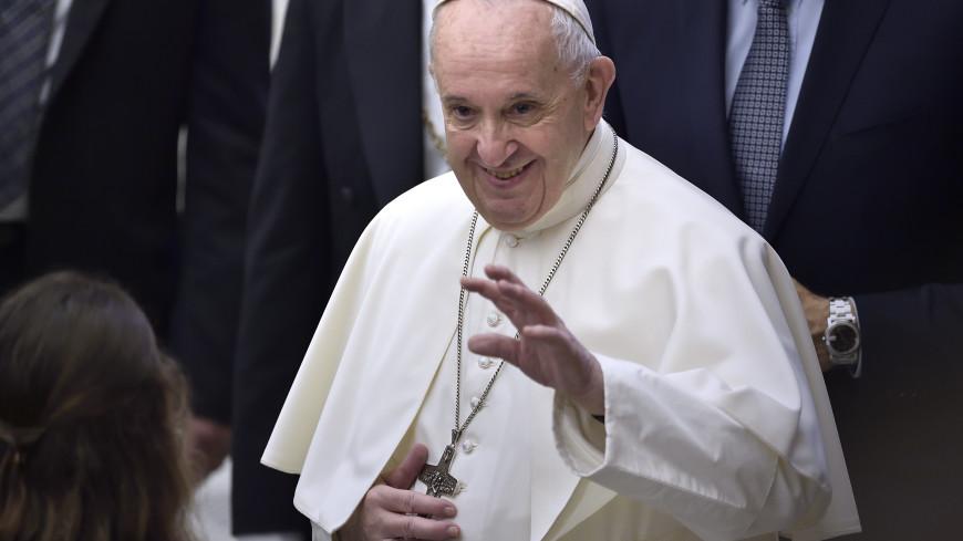 Папа римский подарил 15 тысяч порций мороженого заключенным
