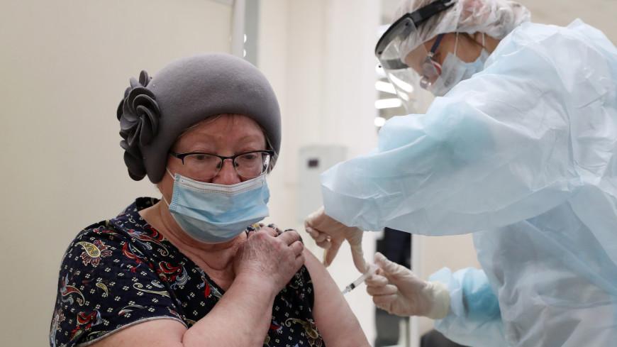 Мурашко: В России исследуется возможность одновременного применения вакцин от COVID-19 и гриппа