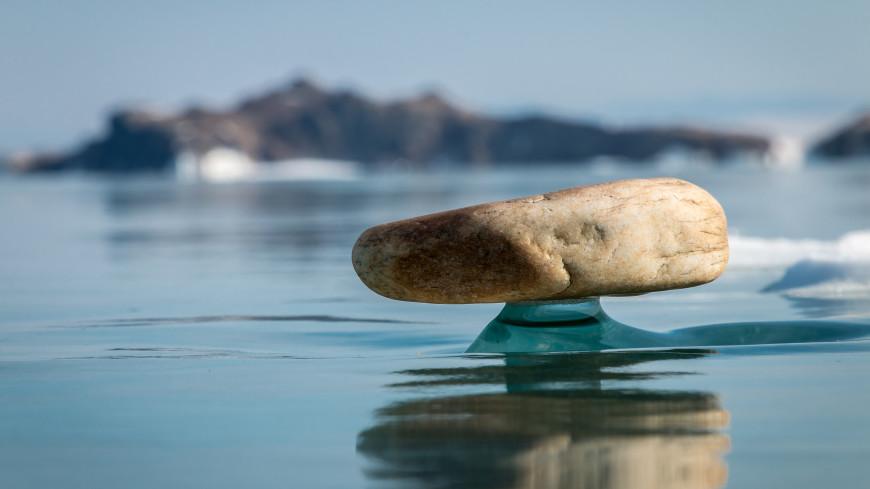 Раскрыт секрет байкальских камней на ледяных «ножках»