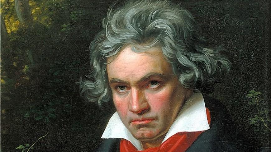Нейросеть дописала неоконченную Десятую симфонию Бетховена