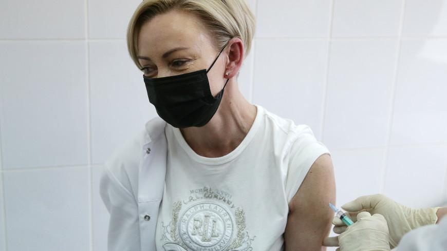 Мурашко: Почти 47,5 млн россиян получили хотя бы одну дозу вакцины от COVID-19