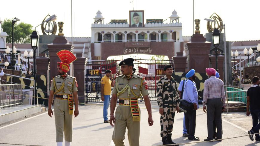 Полиция Индии 9 лет ловила мошенника, которому помогал скрываться его брат-близнец
