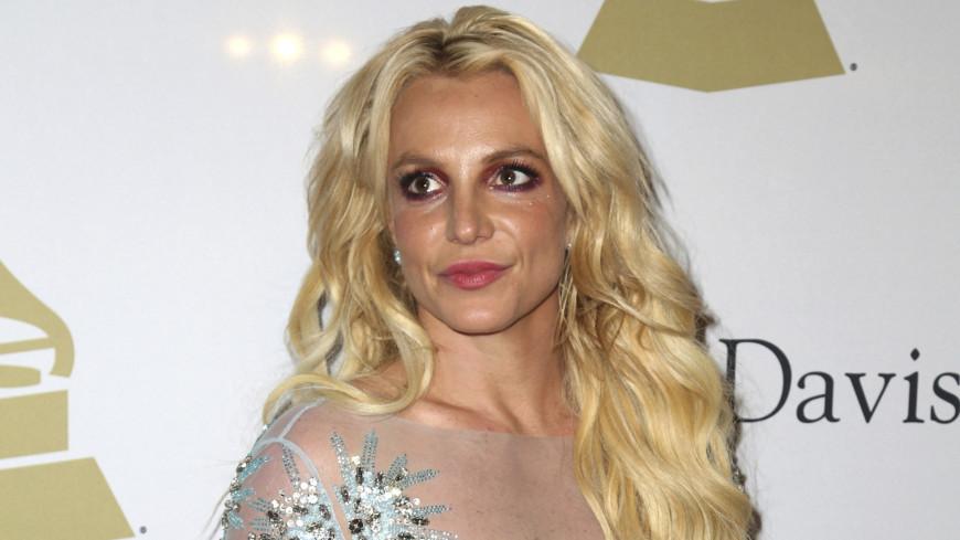 Аудио из спальни и история браузера: за Бритни Спирс следили на протяжении 13 лет