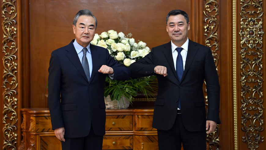 Президент Кыргызстана и глава МИД Китая обсудили в Душанбе сотрудничество и Афганистан