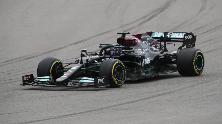 Льюис Хэмилтон одержал сотую победу в «Формуле-1»