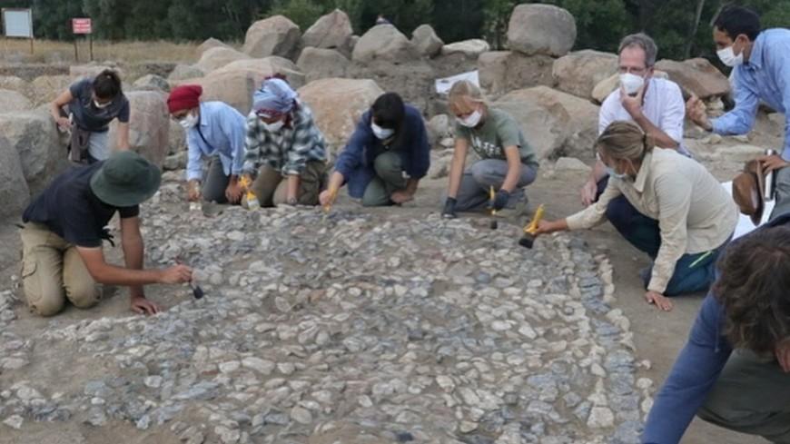 В Турции нашли одну из древнейших в мире мозаик