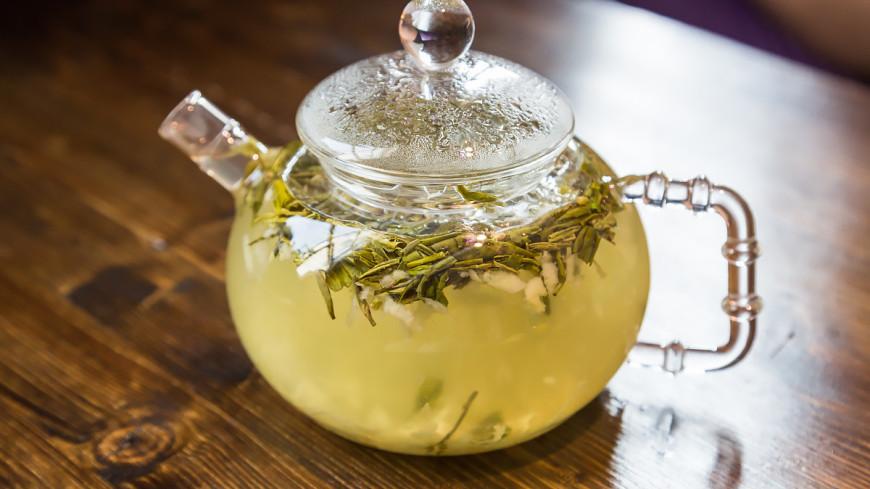 """Фото: Татьяна Константинова (МТРК «Мир») """"«Мир 24»"""":http://mir24.tv/, чайный коктейль, еда, кухня, чай, имбирь, зеленый чай, заварочный чайник"""