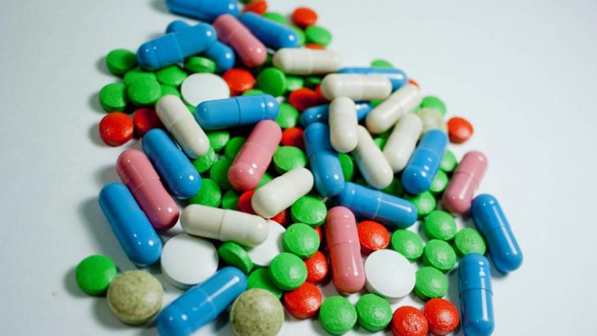 Минздрав предложил ввозить в Россию незарегистрированные лекарства и вакцины