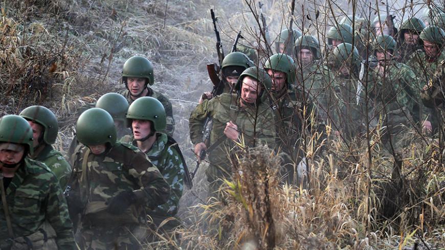 Российские военные провели тактические учения в горах Таджикистана
