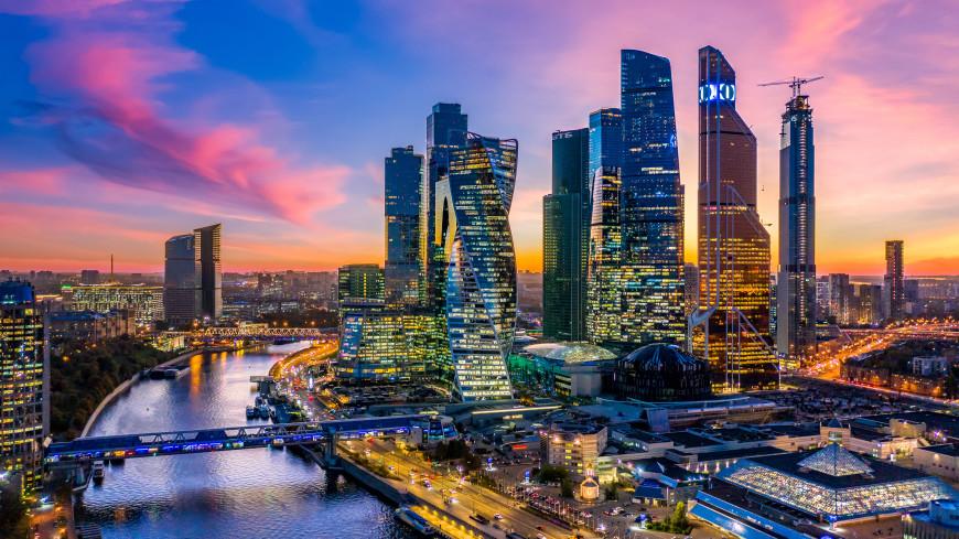 Отремонтированные поликлиники и новые станции метро: Москва отмечает 874-летие